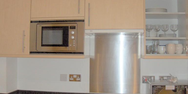 Kitchen (3)-001